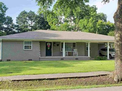 306 W 3RD ST, Lonoke, AR 72086 - Photo 1