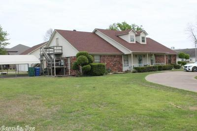 2802 COLLEGE AVE, CONWAY, AR 72034 - Photo 2