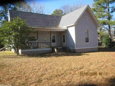 412 S EDWARDS ST, Monticello, AR 71655 - Photo 1