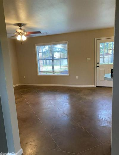 1305 WOODSIDE DR, Conway, AR 72032 - Photo 2