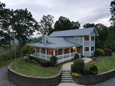 372 PURPLE MOUNTAIN RD, Sylva, NC 28779 - Photo 1