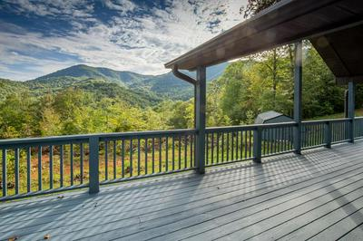 563 BIG OAK SPRINGS RD, Sylva, NC 28779 - Photo 1