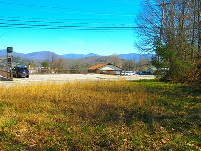 170 IOTLA ST, Franklin, NC 28734 - Photo 1