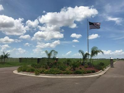 317 CHANNEL BASS LN, PORT LAVACA, TX 77979 - Photo 2