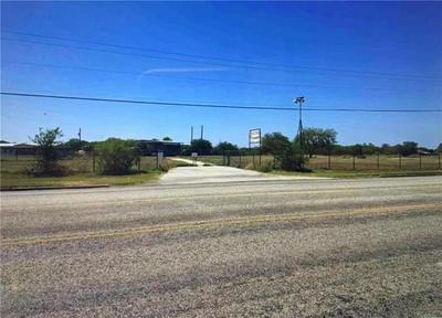 2457 HIGHWAY 59 E, Beeville, TX 78102 - Photo 1
