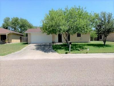210 LEMONWOOD DR, Kingsville, TX 78363 - Photo 1
