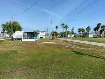 301 W OLIVE AVE, PORT O CONNOR, TX 77982 - Photo 2