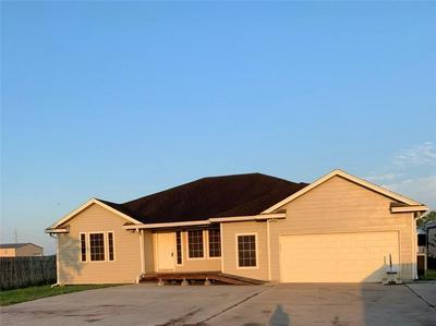 5015 SPUR LN, Robstown, TX 78380 - Photo 1