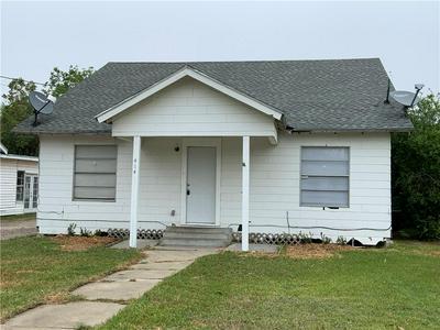 414 MATHIS ST, Taft, TX 78390 - Photo 1