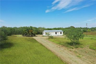 4886 AMBER RD, Robstown, TX 78380 - Photo 2