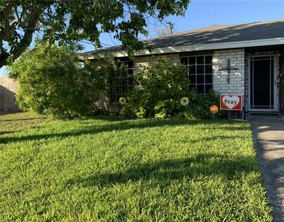 101 CACTUS ST, Robstown, TX 78380 - Photo 2
