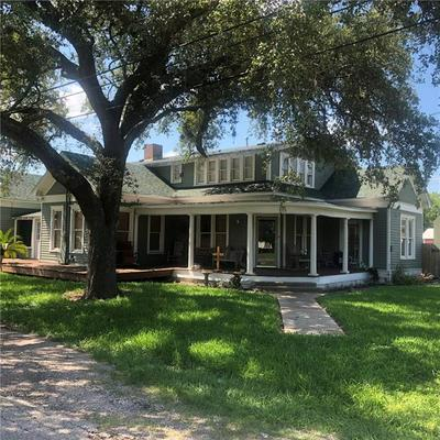 715 JOHNSON ST, Woodsboro, TX 78393 - Photo 1