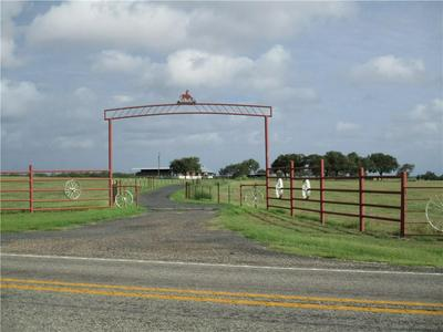 768 FM 1042, Three Rivers, TX 78071 - Photo 2