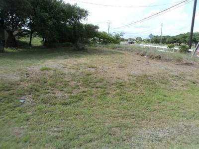 102 LAGO VISTA DR, Rockport, TX 78382 - Photo 1