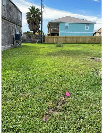 1524 S 11TH ST, Port Aransas, TX 78373 - Photo 1