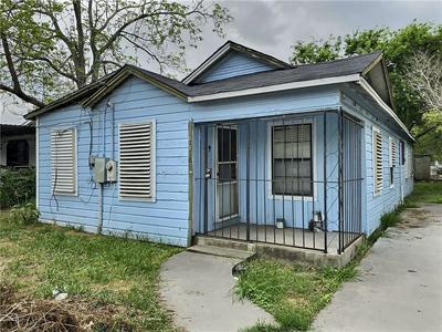 1216 KANSAS ST, Robstown, TX 78380 - Photo 1