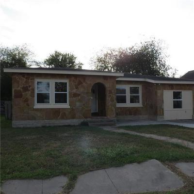 413 HARDING ST, Taft, TX 78390 - Photo 1