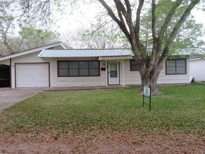404 REED ST, Edna, TX 77957 - Photo 1