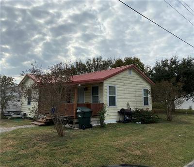 231 TUTT AVE, Taft, TX 78390 - Photo 2