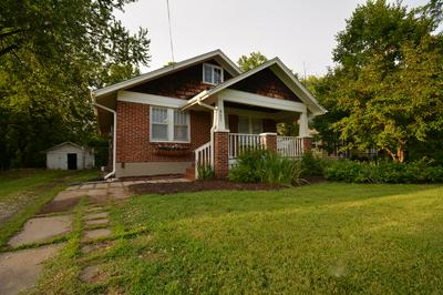 807 W ASH ST, COLUMBIA, MO 65203 - Photo 2