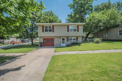 500 S AULT ST, Moberly, MO 65270 - Photo 1
