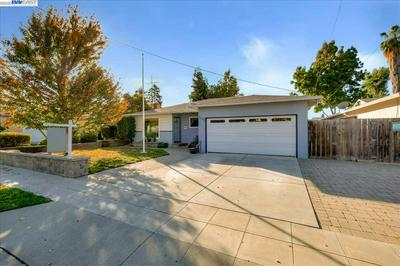 2567 KELLY ST, LIVERMORE, CA 94551 - Photo 2