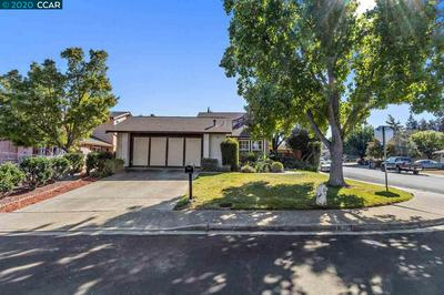 990 VILLAGE OAKS DR, MARTINEZ, CA 94553 - Photo 1