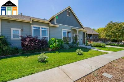 500 E BAKER ST, WINTERS, CA 95694 - Photo 1