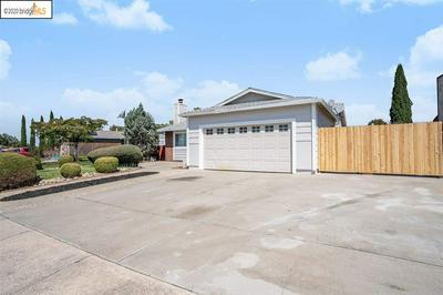 860 WALNUT DR, OAKLEY, CA 94561 - Photo 2
