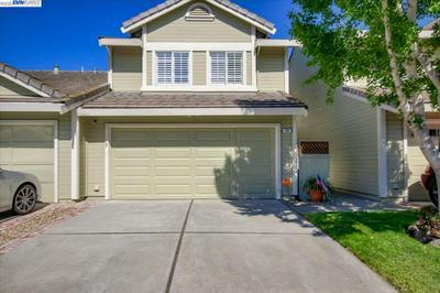 180 PELICAN LOOP, PITTSBURG, CA 94565 - Photo 1