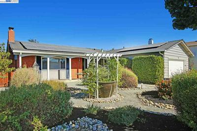 422 ROBERT WAY, LIVERMORE, CA 94550 - Photo 1