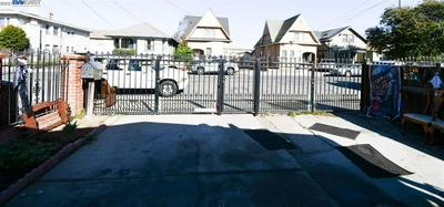 318 BISSELL AVE, RICHMOND, CA 94801 - Photo 1