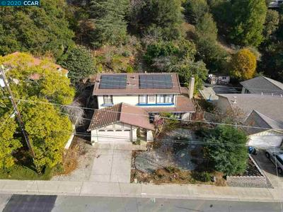 5815 COLD WATER DR, CASTRO VALLEY, CA 94552 - Photo 2