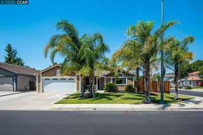 3951 CREEKSIDE WAY, OAKLEY, CA 94561 - Photo 2