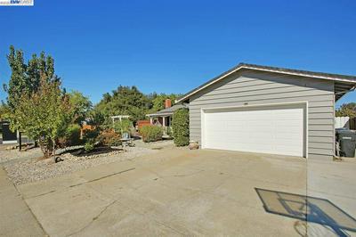 422 ROBERT WAY, LIVERMORE, CA 94550 - Photo 2
