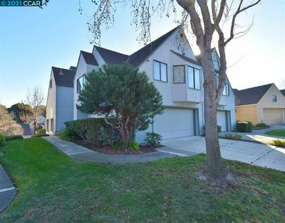 2658 MEADOW CREST CT, RICHMOND, CA 94806 - Photo 1