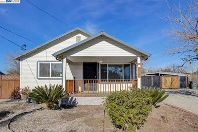 110 MALICOAT AVE, OAKLEY, CA 94561 - Photo 2