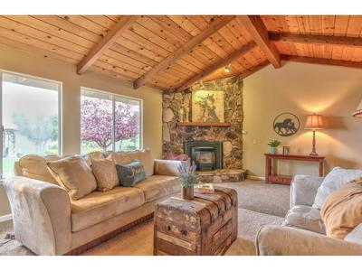 85 MCCARY DR, HOLLISTER, CA 95023 - Photo 2
