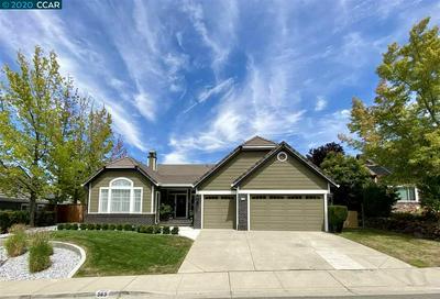383 BLUE OAK LN, CLAYTON, CA 94517 - Photo 1