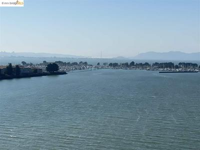 6363 CHRISTIE AVE APT 1107, EMERYVILLE, CA 94608 - Photo 1