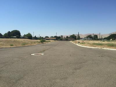 712 MODOC AVE, AVENAL, CA 93204 - Photo 1