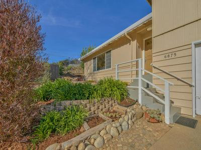 6875 LAKEVIEW DR, PRUNEDALE, CA 93907 - Photo 2