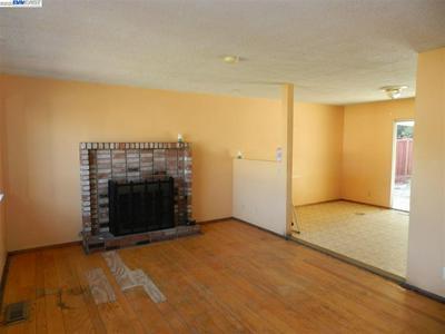 887 LAMBAREN AVE, LIVERMORE, CA 94551 - Photo 2