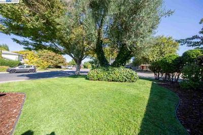 406 CURLEW RD, LIVERMORE, CA 94551 - Photo 2