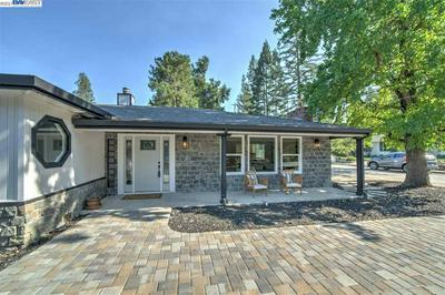 1541 LAS TRAMPAS RD, ALAMO, CA 94507 - Photo 2