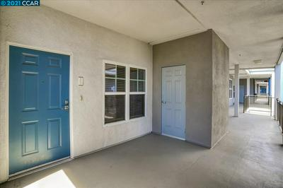 1121 40TH ST APT 2407, EMERYVILLE, CA 94608 - Photo 2