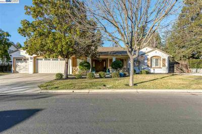 2574 BESS AVE, LIVERMORE, CA 94550 - Photo 1