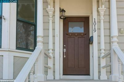 1019 OAK ST, NAPA, CA 94559 - Photo 2