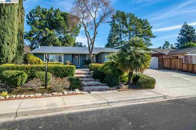 2264 STONEBRIDGE RD, LIVERMORE, CA 94550 - Photo 2