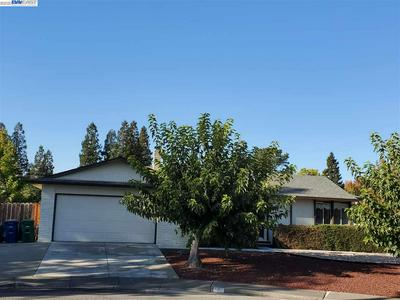 2 DOGWOOD CT, SAN RAMON, CA 94583 - Photo 2